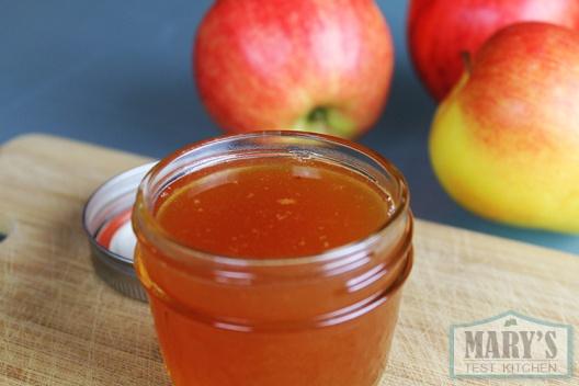 vegan-honey-apple-syrup-jar